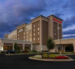 Hampton Inn & Suites Cleveland-Beachwood 1