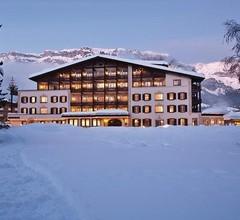 Hotel Adula 1