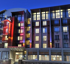 Protea Hotel by Marriott Cape Town Victoria Junction 2