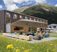 Bever Lodge 1