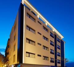 Apartamentos Don César 2