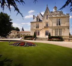 Château Pape Clément - Bernard Magrez Luxury Wine Experience 1