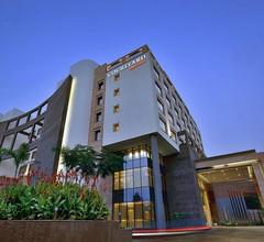 Courtyard by Marriott Raipur 1
