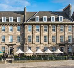 Courtyard by Marriott Edinburgh 2