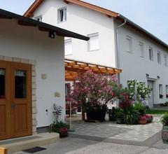Karnerhof 1