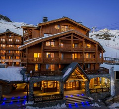 Chalet Val 2400 2