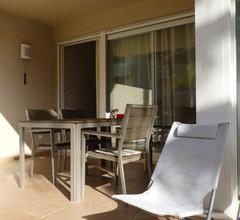 Moderne Ferienwohnung mit Swimmingpool in Pego 1