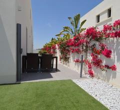 Moderne Villa in San Fulgencio, Valencia mit eigenem Pool 2