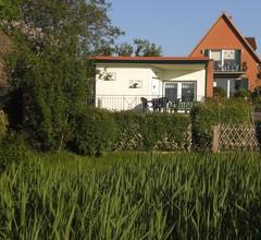 Das Haus Am See mit Kamin und eigenem Boot 2