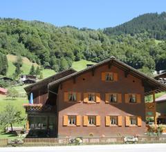 Apartment mit Sauna unweit des Skigebiets im Silbertal 1