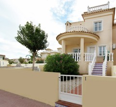 Modernes Ferienhaus mit Swimmingpool in Rojales 1