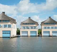 Luxury Villa on Stavoren Harbor with Boathouse 1
