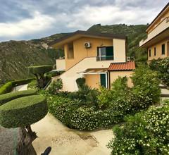 Schönes Ferienhaus in Parghelia, Italien 1
