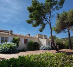 Cosy Holiday Home in CargÃse Corse-du-Sud near Sea 1