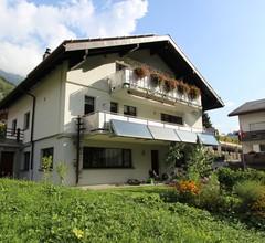 Spacious Apartment in Morel with Garden 1