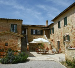 Boutique Farmhouse with Pool in Asciano 2