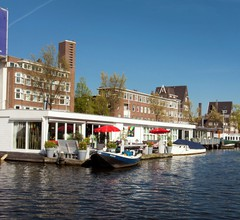 Modern Houseboat Apartment in Amsterdam with Terrace 2