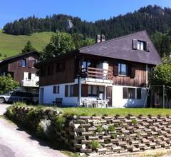 Luxuriöse Ferienwohnung in Wirzweli in Waldnähe 1