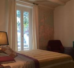 Geräumiges Ferienhaus in Ventimiglia mit Garten 1