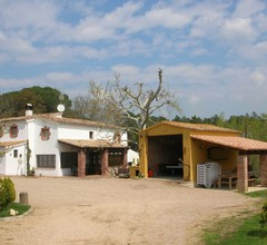 Comfortable Cottage in Riudarenes with Swimming Pool 1