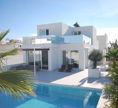 Luxury Villa in San Fulgencio with Private Pool 1