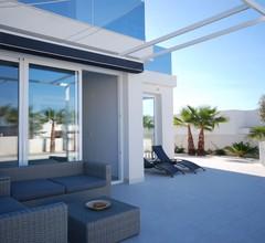 Luxury Villa in San Fulgencio with Private Pool 2