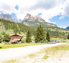 Spacious Chalet with Garden near Ski Area in Tyrol 2