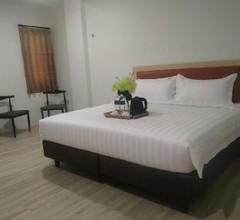 Parkside Sovrano Hotel Batam 1
