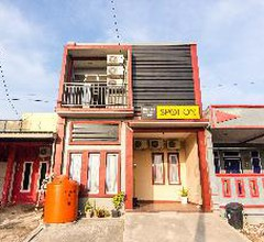 SPOT ON 2755 Zainab Residence 1