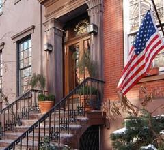 Colonial House Inn 1