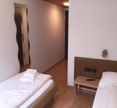 Hotel & Restaurant Stadthof Glarus 1