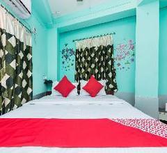 OYO 10471 Hotel Samrat Palace 1