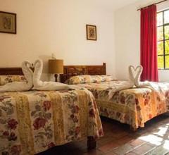 Hotel El Pueblito 2