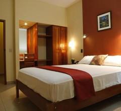 Palau Amazonas Hotel 1