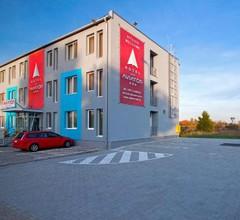 Aviator Garni Hotel Bratislava 2