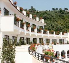 Punta Campanella Resort & Spa 1