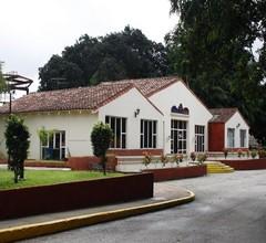 Villa Los Laureles 1