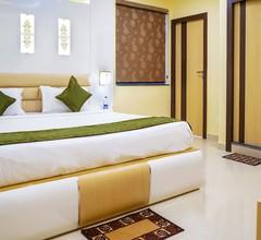 Treebo Trend Hotel OASIS 2