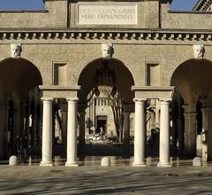 Bergamo Inn 43 2