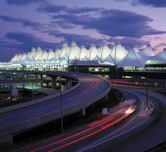 Denver Airport Marriott at Gateway Park 2