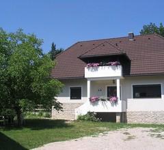 Villa Lykos 2