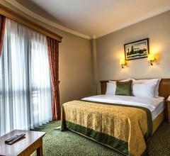 Usta Park Hotel 1