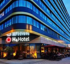 H4 Hotel Berlin Alexanderplatz 2