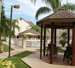 Homewood Suites by Hilton Fort Myers 2