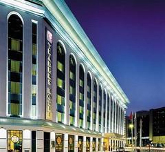 Ramada Plaza by Wyndham Dubai Deira 1