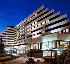 Orea Hotel Pyramida 1