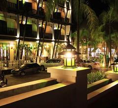 Dee Andaman Hotel 1