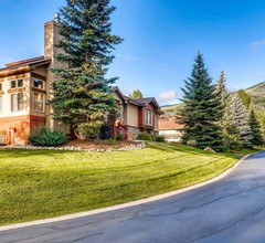 Cascades Townhomes by Steamboat Resorts 1