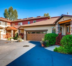 Cascades Townhomes by Steamboat Resorts 2