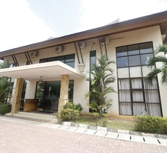 RedDoorz Premium @ Bukit Damai Indah 1